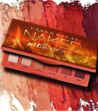 CYMK urban decay pallette on dust